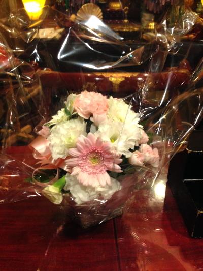 佐賀の方よりお彼岸のお花が届きました