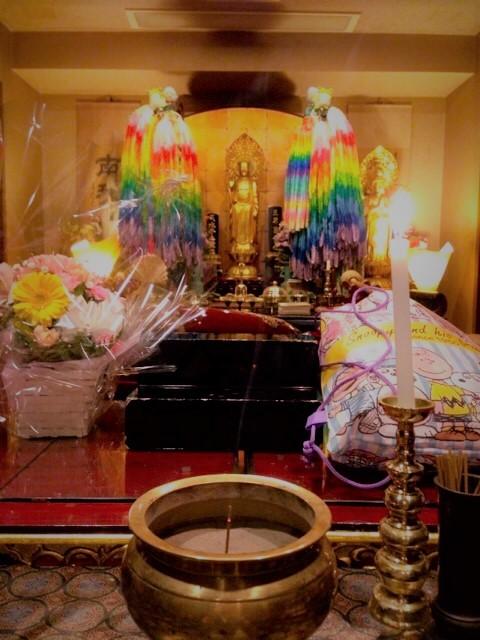 佐賀県佐賀市の方よりお供え物とお花が届きました